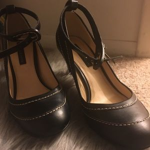 Shoes - Charles & Keith Pumps